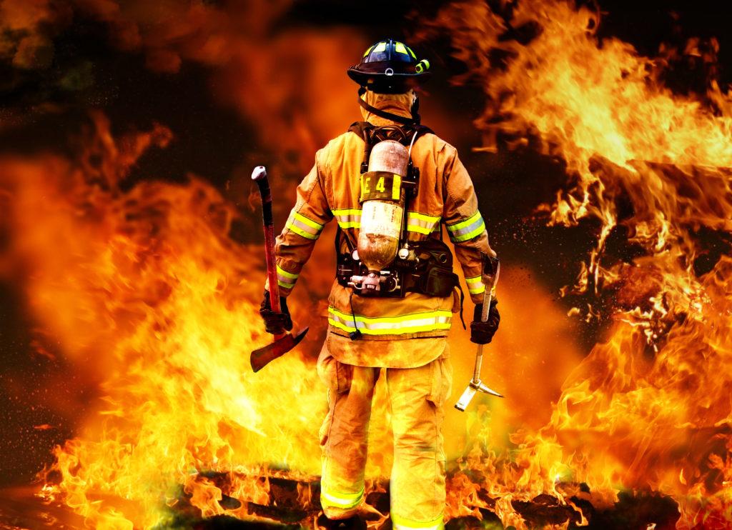 火中の栗を拾う」の意味とは?由来や類語も紹介(例文付き) | TRANS.Biz