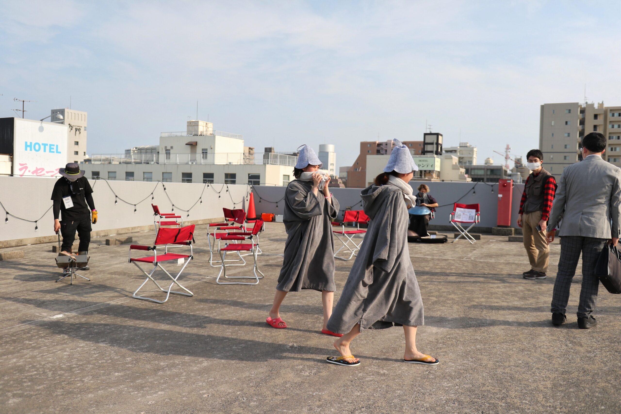 中心街のガレージ屋上でサウナとタキビを楽しむ!?イベントを行った理由を主催者2人にきいた